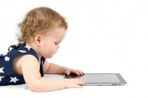 Toddlers: swiping rather than reading