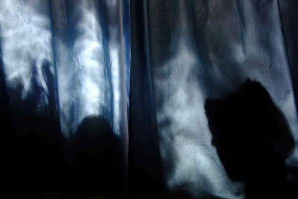 Shadows-and-curtains-009